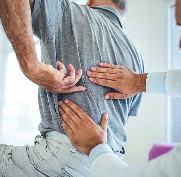 درد کمر به علت سنگ کلیه